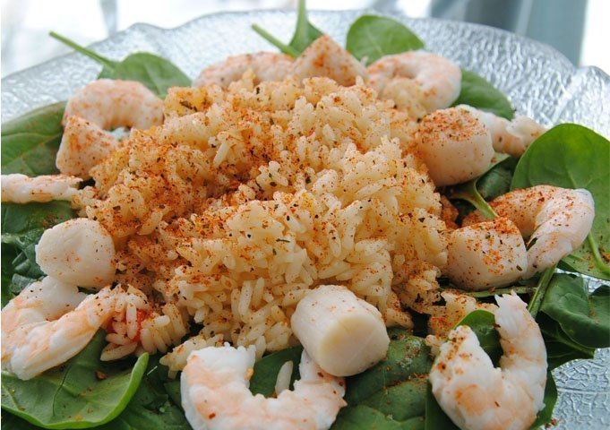 Spinach Rice and Shrimp Scallops Salad