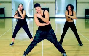 Why You Need to Dance It Out Everyday