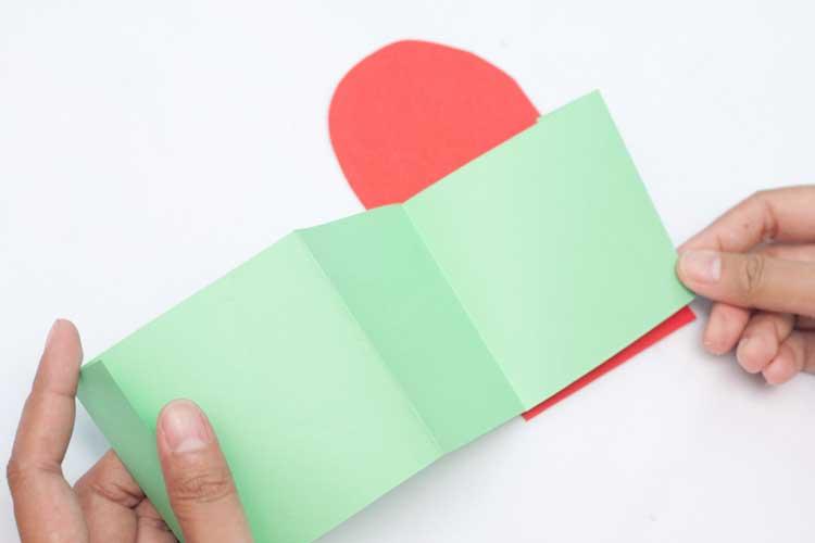 DIY Valentine's Day Card Craft Step 8