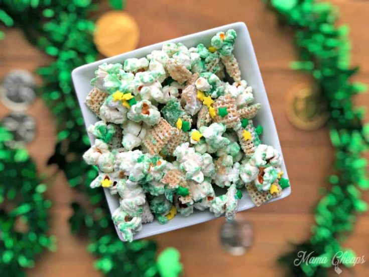 St. Patrick's Day Snack Mix- Leprechaun Bait!