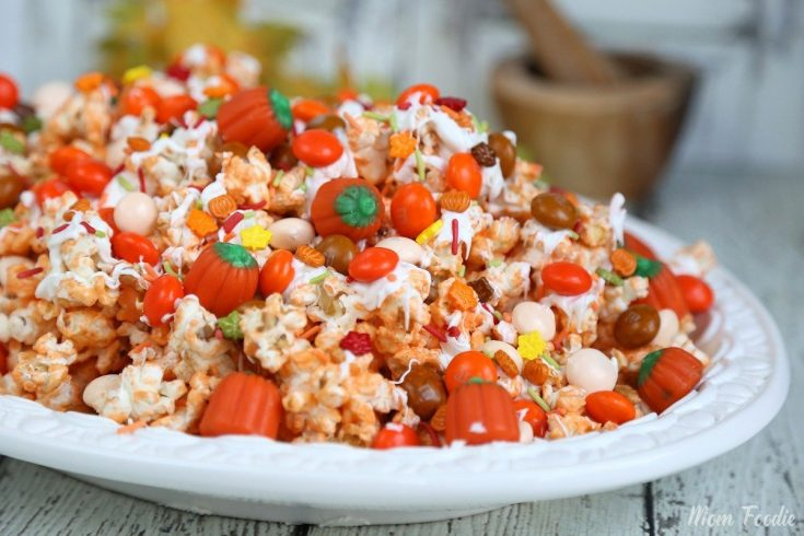 Pumpkin Spice Popcorn Recipe with White Chocolate: Festive Fall Snack