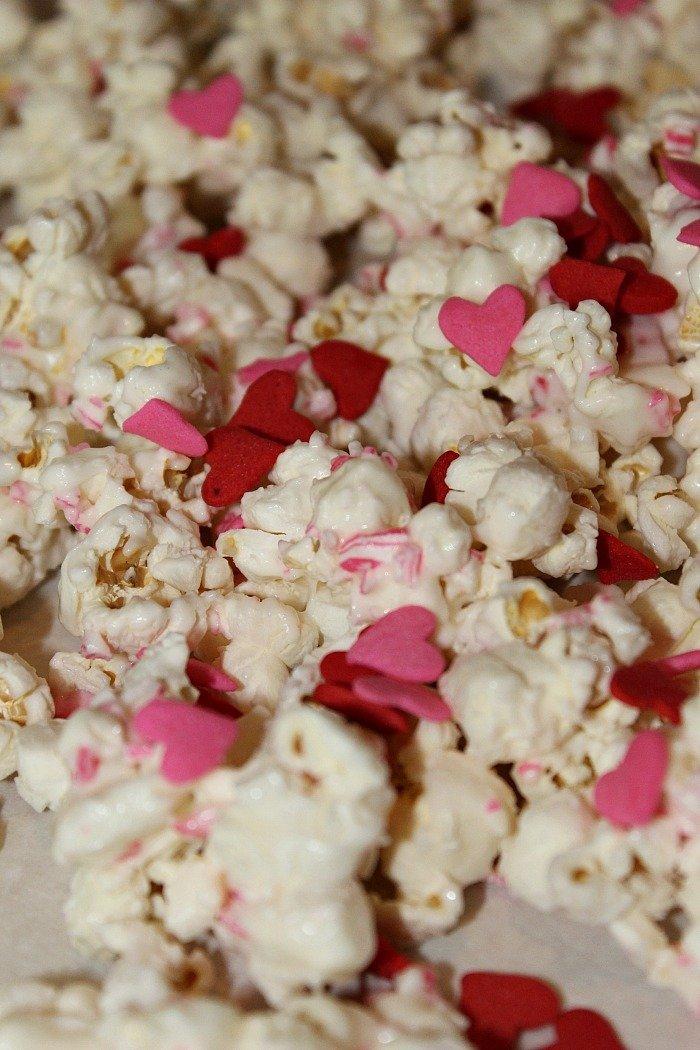 Easy Valentines Day Popcorn Recipe!